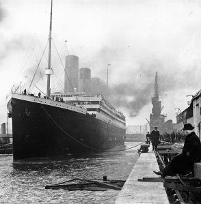 Image of The Titanic sourced from wikicommons